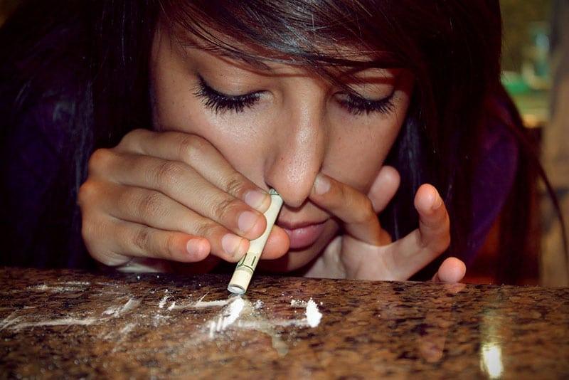 اضرار ادمان النساء للمخدرات