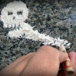 تأثير مدمن المخدرات على الأسرة والمجتمع