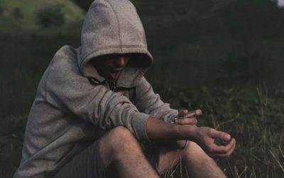 قطرة ميدرابيد والإدمان ومخاطر خلطها مع الهيروين